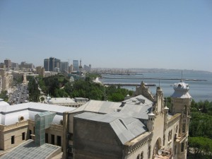 Bucht von Baku mit Bulvard Park