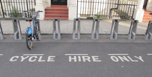 In vielen europäischen Städten sind Fahrradverleihsysteme mittlerweile fester Bestandteil moderner Mobilitätspolitik - in Kassel soll das erfolgreiche gestartete KONRAD gleich wieder abgebaut werden (Bild: urbanophil)