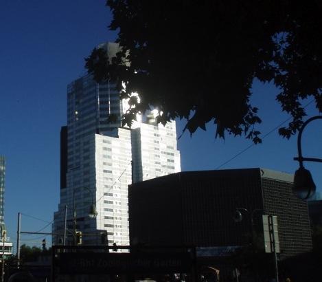 Der eingerüstete alte Turm der Gedächtniskirche kann besichtigt werden