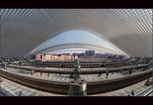 Quelle: Wikimedia/Bert Kaufmann, CC-BY-SA 3.0, http://commons.wikimedia.org/wiki/File:Calatrava_revisited_(Explore)_(6573654929).jpg