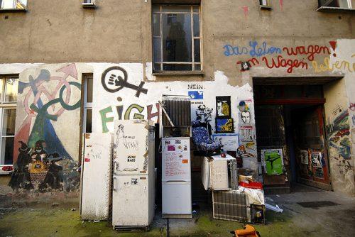 Hinterhof Friedrichshain - Mit freundlicher Genehmigung von Henning Onken www.fensterzumhof.eu
