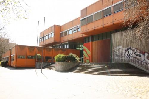 Diesterweg Gymnasium, Eingang Swibusser Straße