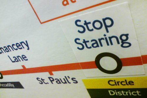 Umsteigen in 'Stop Staring', © Imgur LL.C.