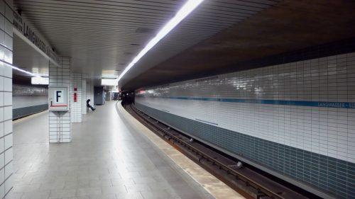 Bahnhof Langwasser Süd, Endbahnhof der U1 und erster gebauter Bahnhof