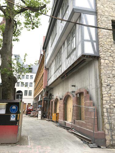 Alles nur Fassade im Dom-Römer-Quartier?