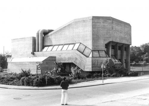 Brigitte Parade / Christoph Parade: Gymnasium, Hückelhoven, Deutschland, 1963{Entwurf}–1974. Foto: Christoph Parade ca. 1974